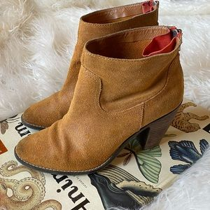 Dolce Vita camel brown suede leather ankle boots